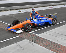 SCOTT DIXON 2018 INDY 500 HONDA AUTO RACING 8X10 PHOTO