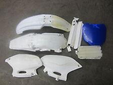 2000 Yamaha YZF426 Misc Chassis Plastics / Fender Side Panel YZ 426