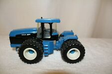 ERTL NEW HOLLAND T9.615 TRACTOR Die Cast  Number 13845.