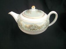 Wedgwood COLUMBIA. Green and Gold. Teapot. Capacity 2 pints.