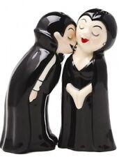 Love At First Bite Vampire Magnetic Salt & Pepper Shakers Cute Horror Novelty