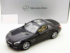 Mercedes-Benz SL-Klasse (R231) magnetitschwarz metallic 1:18 Norev
