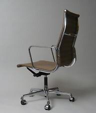 Charles & Ray Eames  Büro und Konferenz Stuhl  EA 119 Vitra  Herman Miller