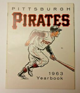 1963 PITTSBURGH PIRATES YEARBOOK MLB BASEBALL PROGRAM GOOD CONDITION RARE