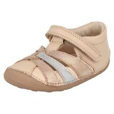 Calzado de niña sandalias de oro
