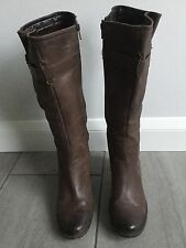 Clarks Ladies Brown Heeled Mid Calf Boots Size 8. Great Condition.