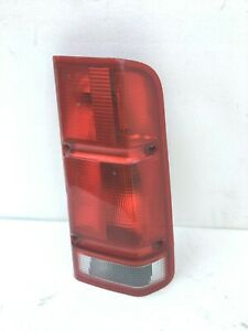 2000-2002 Land Rover Discovery 2 Right Taillight