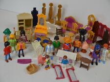 64 ) Playmobil 15 Figuren - viele Möbel ua. viele Kleinteile Zubehör