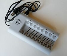 NEW 8 Bay AA/AAA NiMH / NiCD Rechargeable Battery Charger US Plug With LED