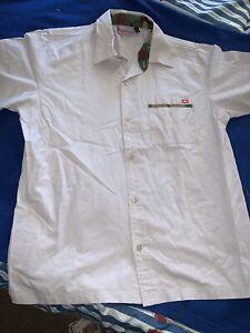 QUICKSILVER Mens Dress Shirt Size M..