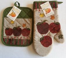 FALL  Applique Pot Mitt and Oven Mitt Set  APPLES