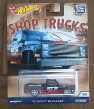 Hot Wheels Car Culture Shop Trucks '83 Chevy Silverado (Real Riders)