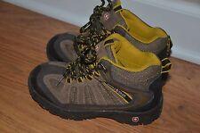 Swiss Gear boys kids boots shoes size 3 US