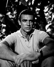 "SEAN CONNERY IN THE FILM ""DR. NO'' JAMES BOND - 8X10 PUBLICITY PHOTO (ZZ-341)"