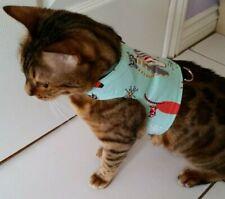BRAND NEW LAND O BURNS BENGALS CAT WALKING JACKET AQUA CATS DESIGN  - X-SMALL
