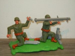 Timpo Toys England - Plastic Toy - 2x Soldier with Kanon *37735