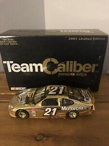 2001 Elliott Sadler #21 Motorcraft Ford Taurus Owners Gold 1:24 NASCAR Diecast