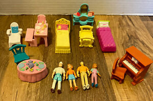 FISHER PRICE SWEET STREETS DOLLHOUSE FURNITURE PEOPLE Lot