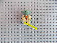 Lego Yoda Clone Wars Star Wars Minifigure White Hair jedi master with lightsaber
