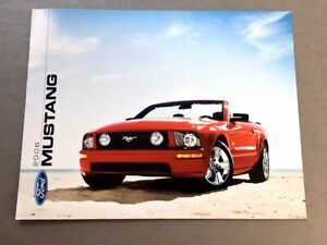 2006 Ford Mustang and GT 8-page Original Car Sales Brochure Catalog