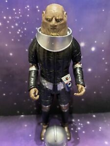 DOCTOR WHO CLASSIC FIGURE - GROUP MARSHALL STIKE - 6TH DR ERA THE TWO DOCTORS