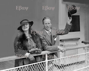 LESLIE HOWARD WITH WIFE - 8 X 10 Photo Reprint
