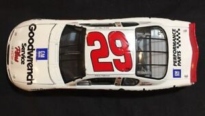 Action NASCAR Kevin Harvick #29 Goodwrench 1:24 Diecast New 2001 In Box