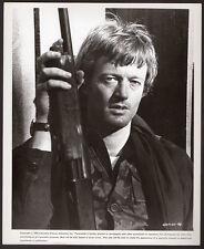 PETER FONDA 1974 Open Season VINTAGE ORIG PHOTO handsome actor w. rifle