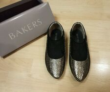 Women's BAKERS Flat Shoes Size 39 9 M New with box!
