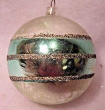 VINTAGE GLASS CHRISTMAS ORNAMENT PASTEL GREEN DARKENED MICA GLITTER
