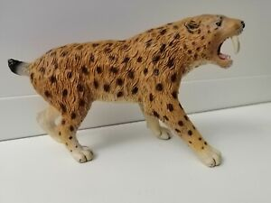 CollectA SMILODON 88715 Prehistoric Figure Saber-Toothed Cat Tiger Model