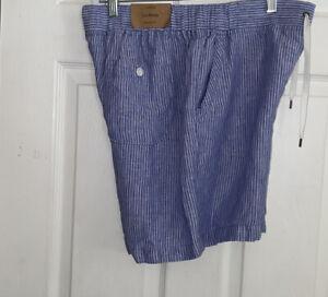 LL Bean Womens Shorts Favorite Fit Size 10 Reg  Blue White NEW 30x6