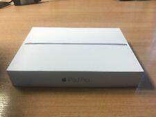 Apple iPad Pro 2016. 32GB, Wi-Fi, 9.7in -Space Grey, comes in orig. Apple Box