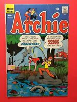 ARCHIE #212 CROSSED THE THRESHOLD OF TERROR! Archie Series 1971