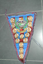 ancien GRAND fanion FC barcelone  1980  ( maillot porté wimpel pennant )