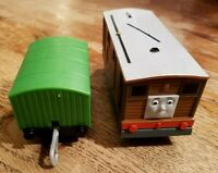 Thomas and Friends Motorized Trackmaster TRAM TOBY #7 + Green Car Tested, Works!