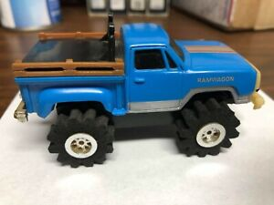 Schaper Stomper Blue RamWagon TRUCK- MOTOR & LIGHTS WORK- missing Battery Cover