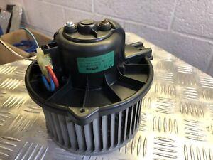 Volvo V40 - Heater Blower Motor - Bosch 0130111213 - 00-04