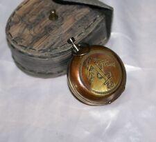 Antica bussola tascabile con custodia in pelle Stanley London da naviazione mare
