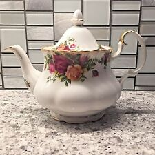 🍵 Vintage 1962 Royal Albert Old Country Roses Tea Pot