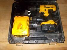 DeWalt DC757 sans fil 14.4 V Perceuse + 3 batteries + chargeur + étui Gwo