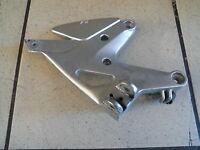 WB1 Honda CBF 600 PC38 ABS Pedana Poggiapiedi Anteriore Destro Supporto Piastra
