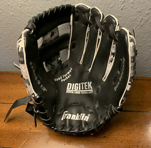 Franklin Digitek Digital Camo Youth Baseball Glove RHT 9.5 Inch Grey 22849