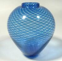 HAND BLOWN GLASS VASE, DIRWOOD, COMPLEX RETICELLO CANE, SHADES OF BLUE, n3182