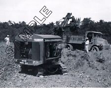 MACK 'AC' DUMP TRUCK & P&H SHOVEL in CUBA ca.1928 8x10 B&W PHOTO WARREN BROS CO.