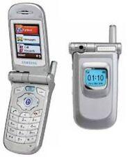 Teléfono MÓVIL SAMSUNG V200 Flip-Unlocked con un nuevo cargador de casa y garantía.