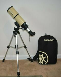 MEADE Adventure Scope 80 with carry backpack and tripod