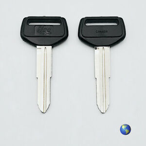 TR40-P Key Blanks for Various Models by Daihatsu, Toyota, and others (2 Keys)