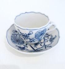 Meissen Porzellan Espressotasse + Untertasse Dekor Zwiebelmuster 1. Wahl