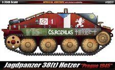 "Academy Model kit 1/35 Jagdpanzer 38(t) Hetzer ""Prague 1945"""
